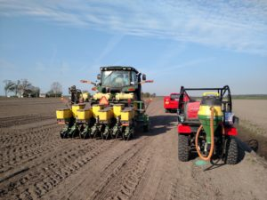 Cover photo for Pesticide Credit Courses